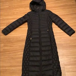 Michael Kors long down packable coat jacket small